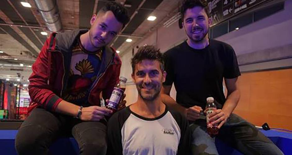 Thegrefg, Willyrex y Raw Superdrink